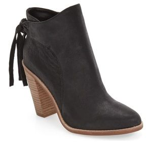Vince Camuto Linford bootie in black